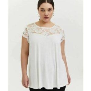NEW Torrid 14W/16W White Lace Cap Sleeve TOP SWEET